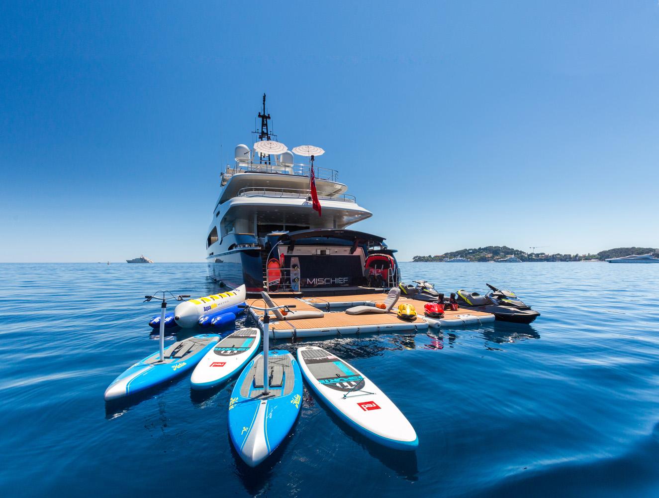 Nautibuoy Marine ©Quin Bisset