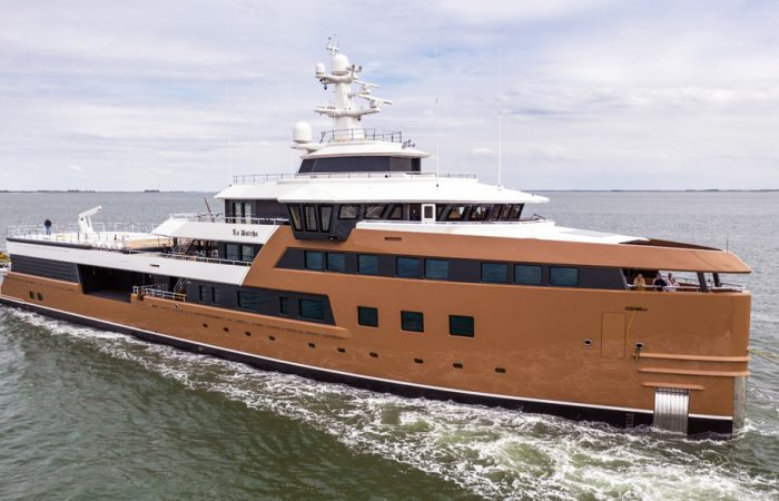 Yacht_SeaXplorer_77_LaDatcha_Exterior_©SuperYachtTimes©____20200708_092842_[5378x3159]_4.4MB